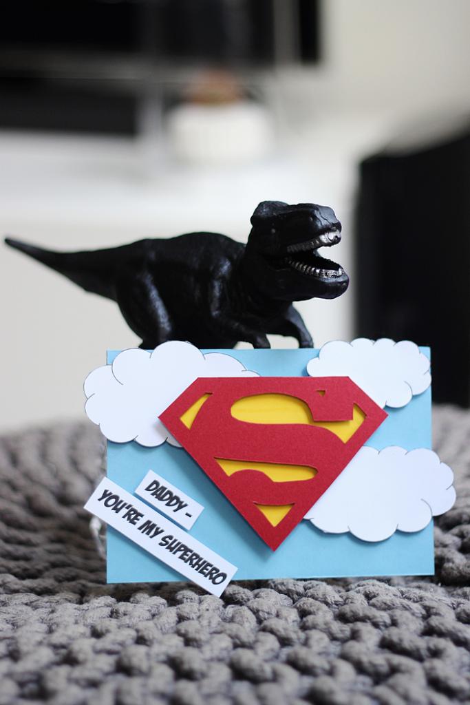 a153cb91cd0 Gaver til far - Originale DIY-kort til vores superhelt!