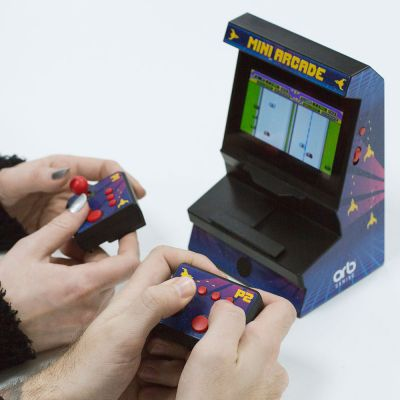 Mini arkade konsol med to controllers