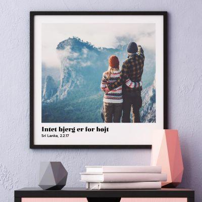 Plakat med billede og tekst