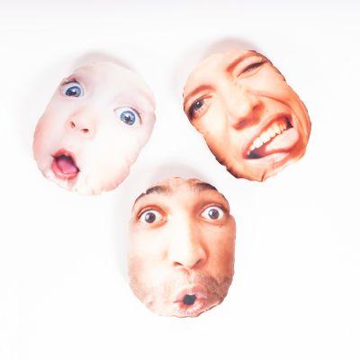 Hyggepude med ansigt