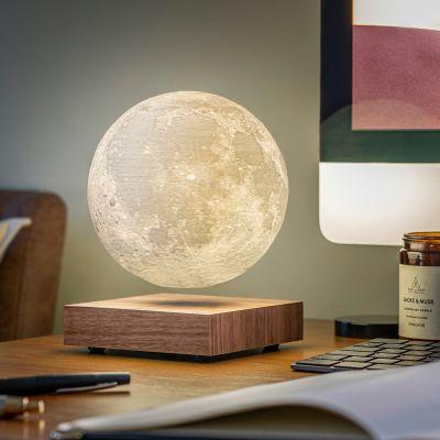 Svævende månelampe