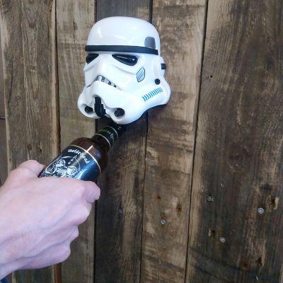 Stormtrooper flaskeåbner til væggen