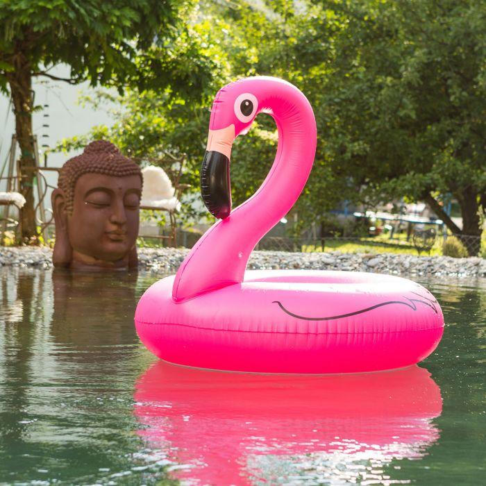 Pink Flamingo badering