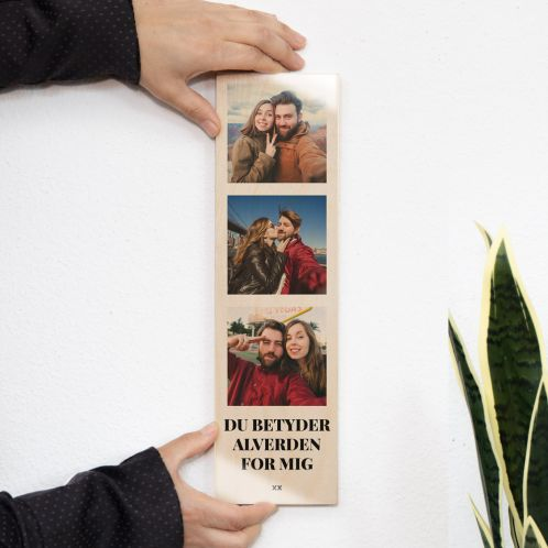 Smalt træbillede med 3 billeder og tekst