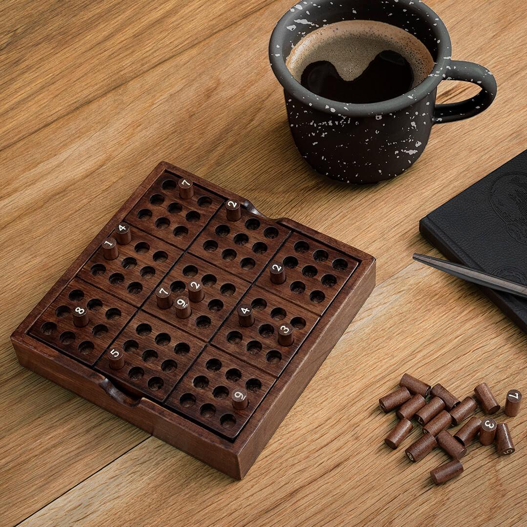 Sudoku spil i træ