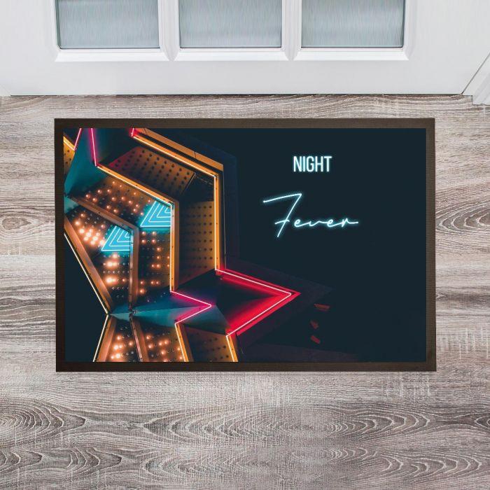 Personaliseret dørmåtte i neon design
