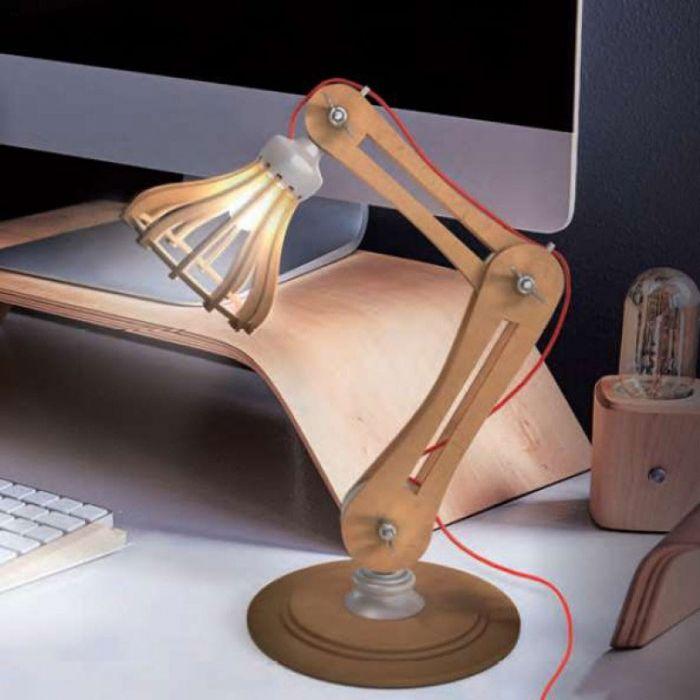 Byg Selv Træ bordlampe