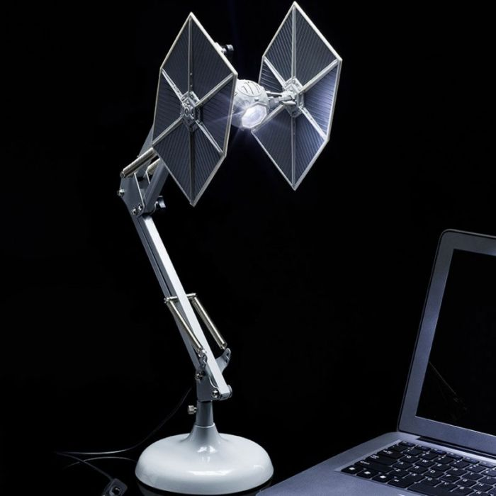 Star Wars Tie Fighter Skrivebordslampe