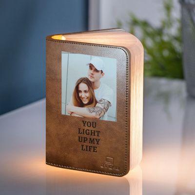 Boglampe med billede og tekst