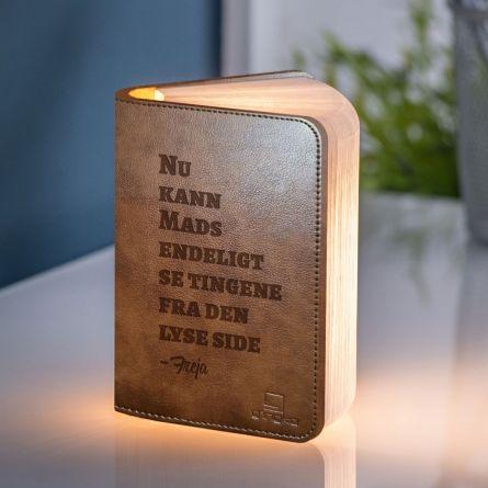 Personlig boglampe med tekst