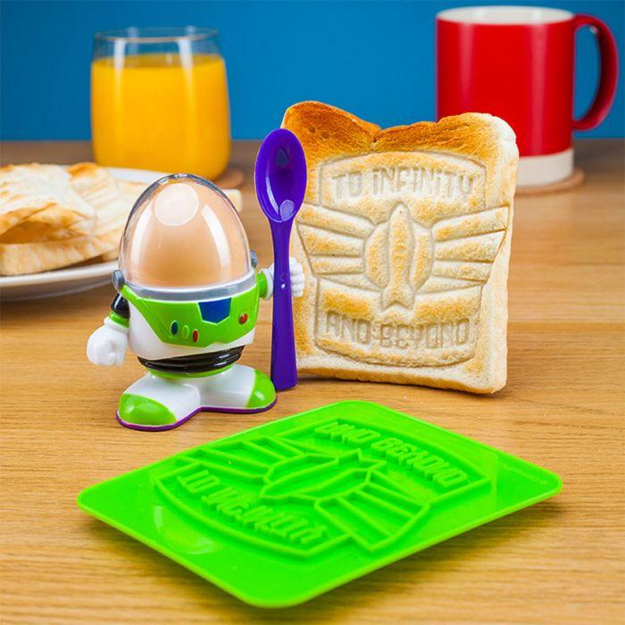 Buzz Lightyear Æggebære med Toast Skabelon