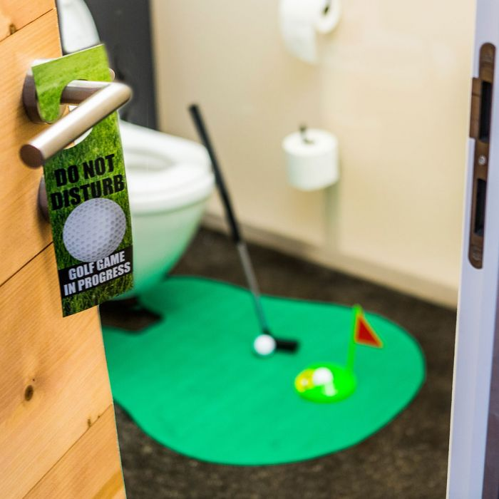 Det ultimative golfsæt til toilettet