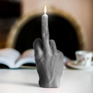"""Stearinlys giver """"fingeren"""""""