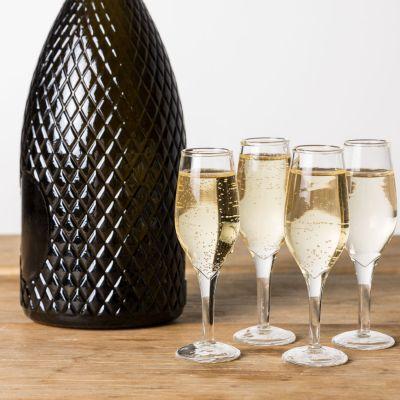 Gave til en pigeven - Champagne shotglas sæt med 4