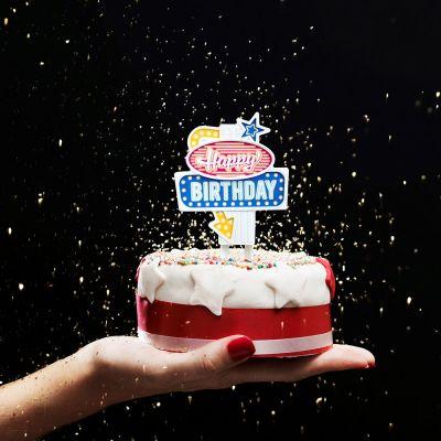 Retro ting - Fødselsdags neonskilt Vegas Style