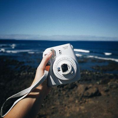 30 års fødselsdagsgave - Fuji Instax Mini 9 kamera