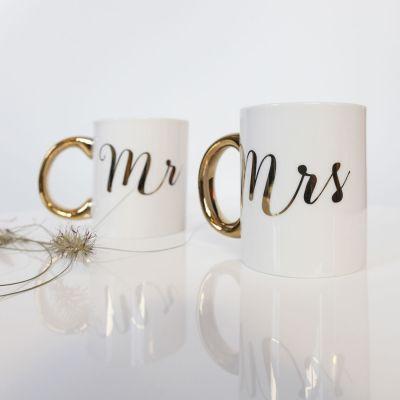 Gaver til par - Gyldne kopper Mr & Mrs