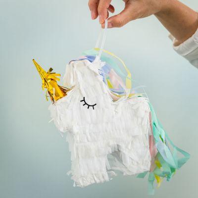 Gaver til børn - Enhjørning Piñata