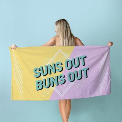50 års fødselsdagsgave - Personaliseret håndklæde i farver
