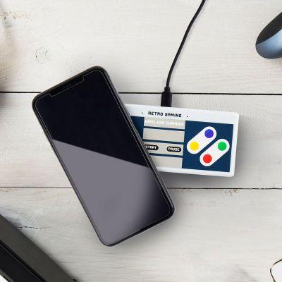 Gadgets til telefonen - Trådløs Retro Gaming Oplader