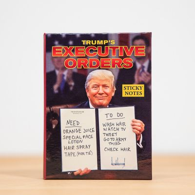 Sjov på kontoret - Post-it-sedler med ordrer fra præsidenten