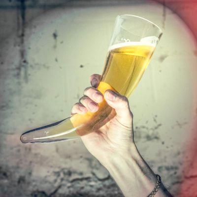 Kopper og glas - Vikingehornsglas