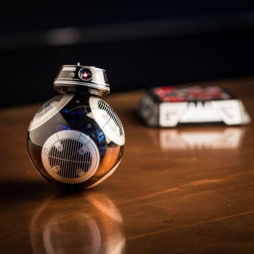 Julegaver - Sphero app-kontrolleret Star Wars BB-9E droid